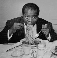 Slim Aarons Estate Print - Dinner Jazz 1949
