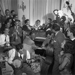 Slim Aarons Estate Print - Dixieland 1948 - Oversize