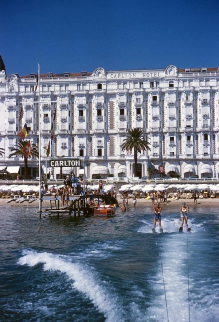 Slim Aarons Estate Print - Hotel Sports 1958 - Oversize - Photograph by Slim Aarons