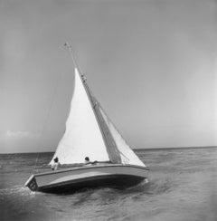 Slim Aarons Estate Print - Jamaica Sea Sailing 1953 - Oversize