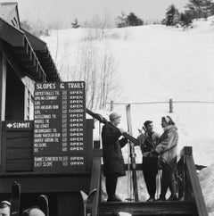 Slim Aarons Estate Print - Three Skiers 1955 - Oversize