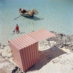 Slim Aarons, Marietine Birnie,  Blue Lagoon, Kemmuna (Slim Aarons Estate Ed.)