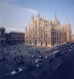 Slim Aarons - Milan Cathedral 1960 - Estate Stamped