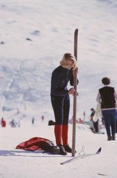 Slim Aarons, Skier In Vermont (Aarons Estate Edition)
