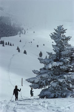 Slim Aarons, Skiing In Vail (Estate Edition)
