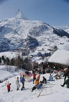 Slim Aarons, Zermatt Skiing (Estate Edition)