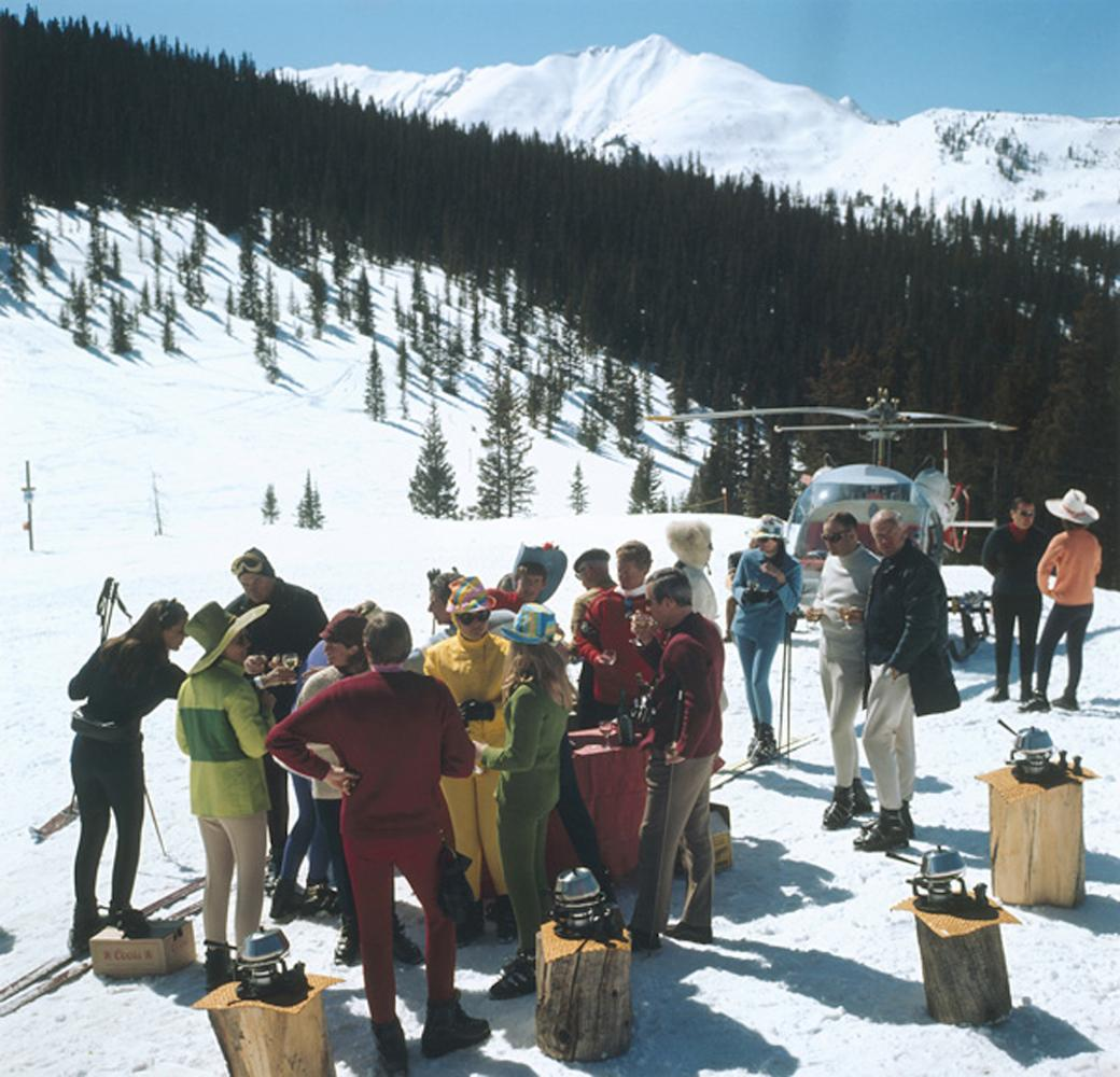 Snowmass Picnic - Slim Aarons, 20th Century, Snow, Mountain views, Winter, Lunch