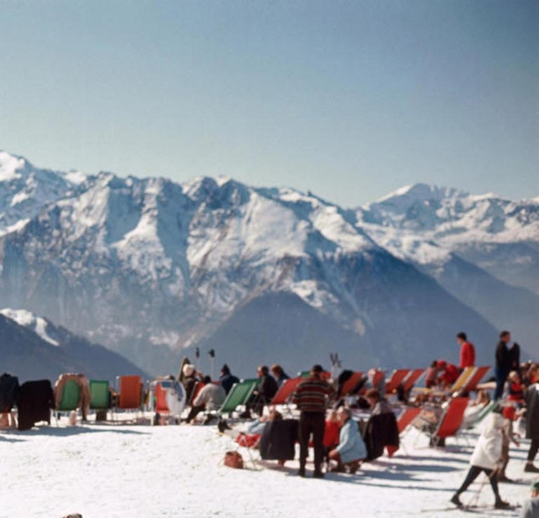 Verbier Vacation Estate Edition Photograph [Swiss Alps, Ski, Red, Blue, Green] For Sale 1