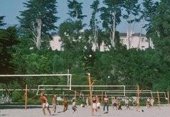 Volleyball in Santa Barbara, 1975 - Slim Aarons, 20th Century, Sports Photograph