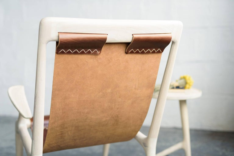 Contemporary Sling Armchair made from White Ash and Brown Leather - Fernweh Woodworking For Sale