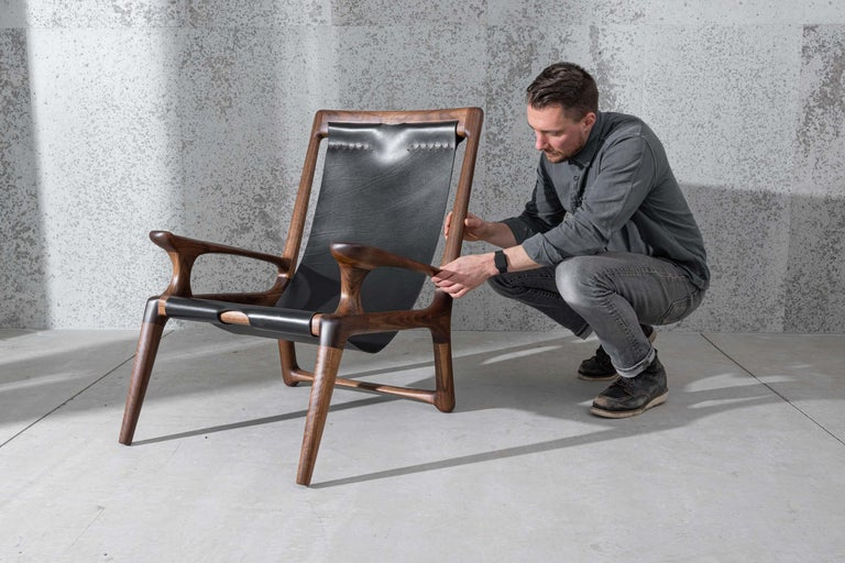 Sling Chair with Leather, Arms Connected, Lounge Armchair Walnut + Black Leather In New Condition For Sale In Bend, OR