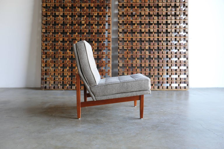Slipper Lounge Chairs by Florence Knoll 2