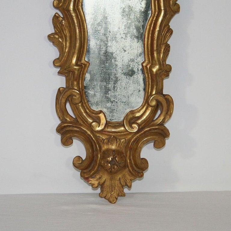 Wood Small 18th Century Italian Giltwood Baroque Mirror