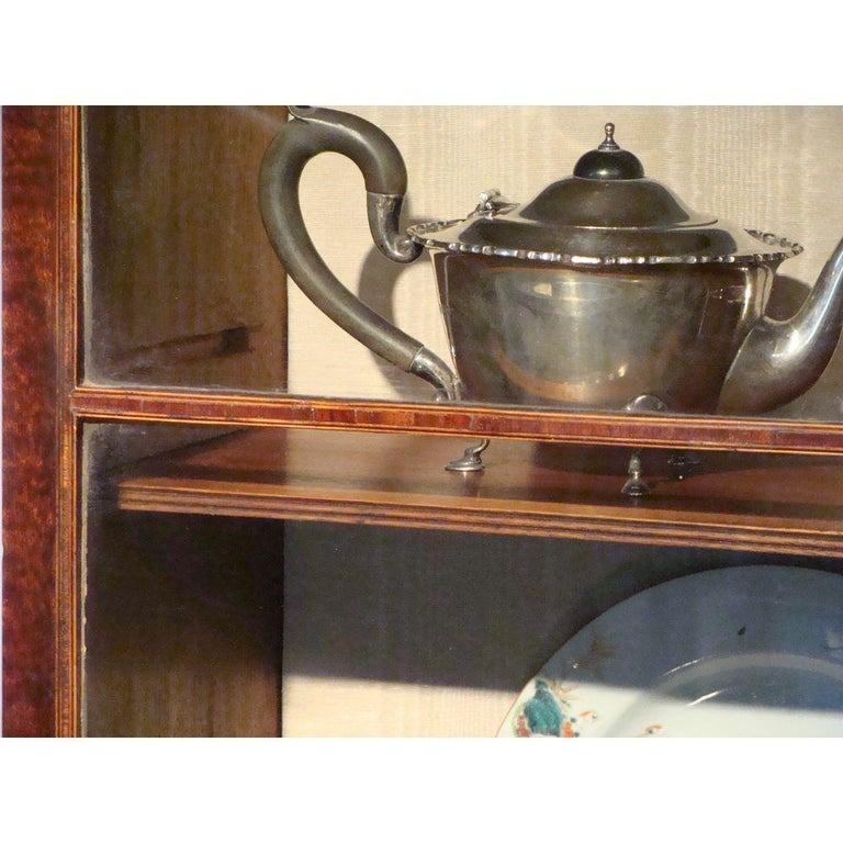 Small 18th Century Mahogany Secretaire Bookcase For Sale 4