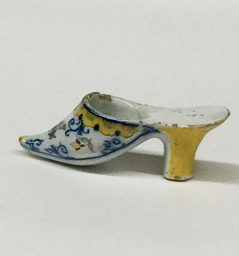 Dutch Small 18th Century Polychrome Earthenware Shoe Slippery, Makkum, the Netherlands For Sale