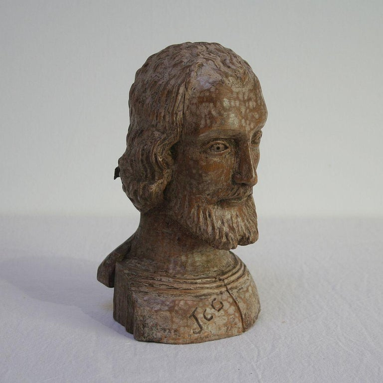 Hand-Carved Small 18th Century Spanish Reliquary Bust For Sale