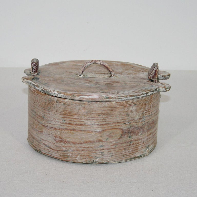 18th Century and Earlier Small 18th Century Swedish Folk Art Bentwood Box For Sale