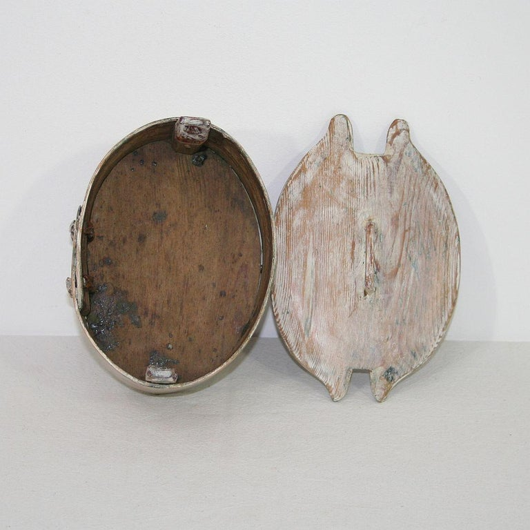 Small 18th Century Swedish Folk Art Bentwood Box For Sale 3