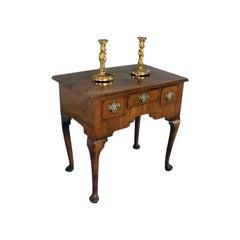 Small 18th century Walnut Lowboy Dressing Table Vanity