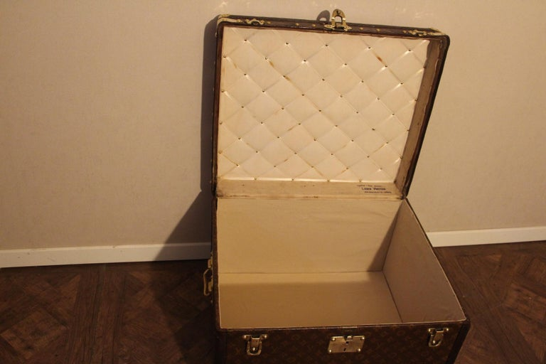 Small 1920s Louis Vuitton Monogram Steamer Trunk For Sale 8