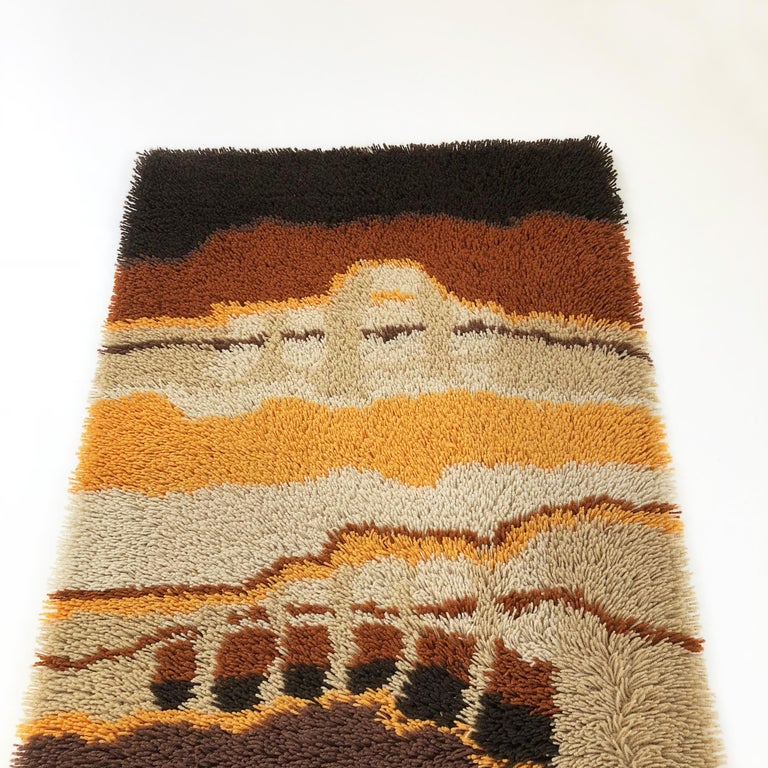 Small 1970s Modernist Multi-Color High Pile Rya Rug by Desso, Netherlands No. 2 For Sale 1