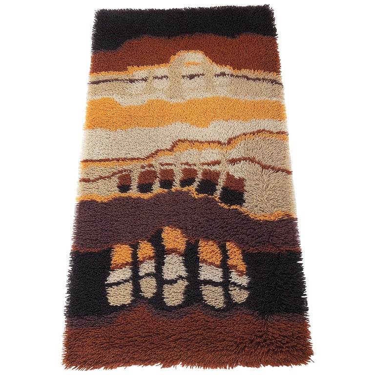 Small 1970s Modernist Multi-Color High Pile Rya Rug by Desso, Netherlands No. 2 For Sale
