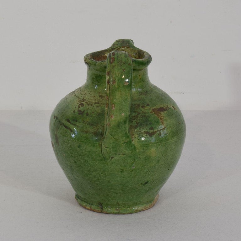 Small 19th Century French Green Glazed Terracotta Jug or Water Cruche In Good Condition For Sale In Amsterdam, NL