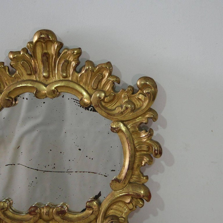 Small 19th Century Italian Giltwood Baroque Style Mirror In Good Condition For Sale In Amsterdam, NL
