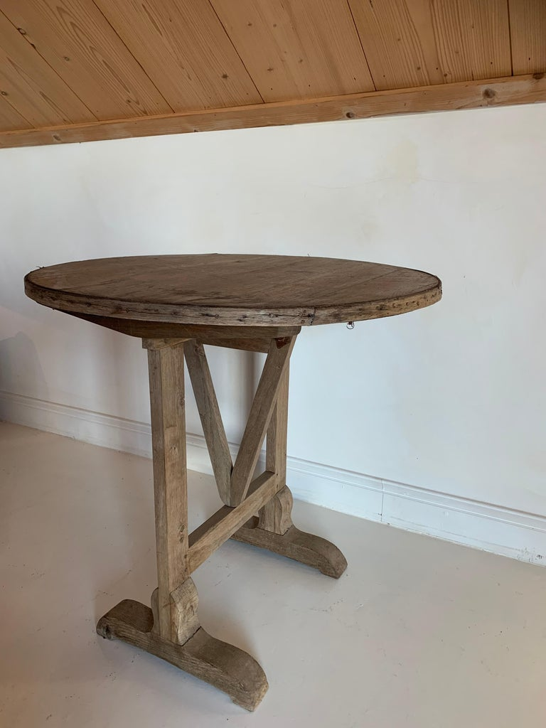 Small 19th Century Wine Table Vigneron In Good Condition For Sale In Vosselaar, BE
