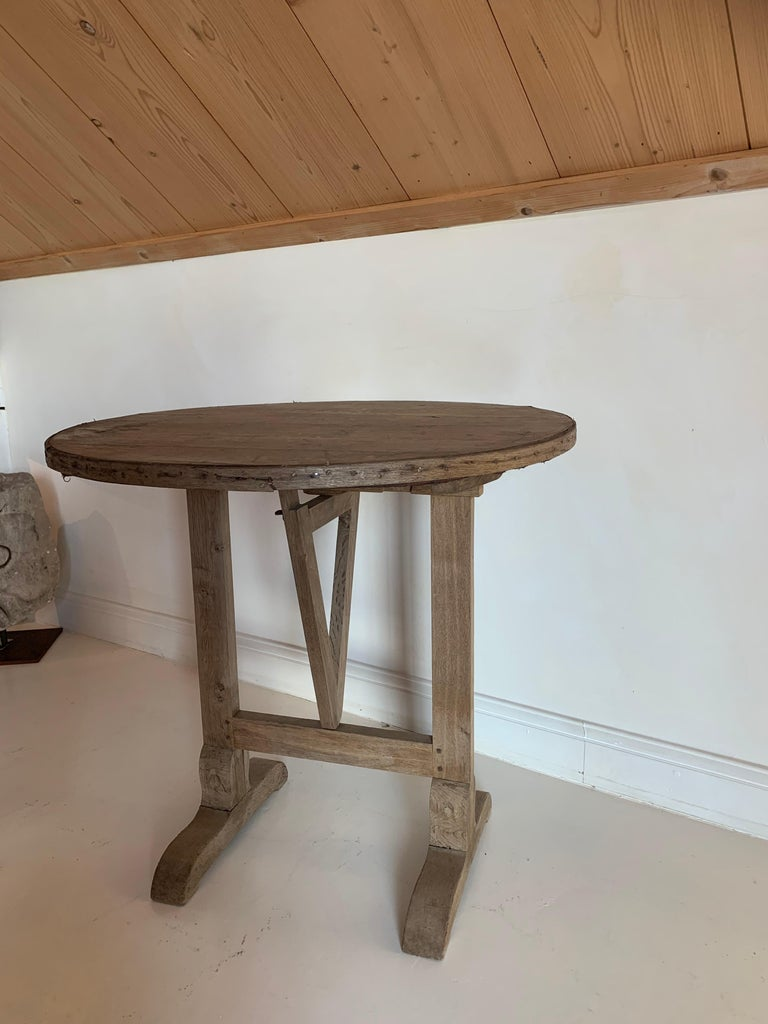 Elm Small 19th Century Wine Table Vigneron For Sale