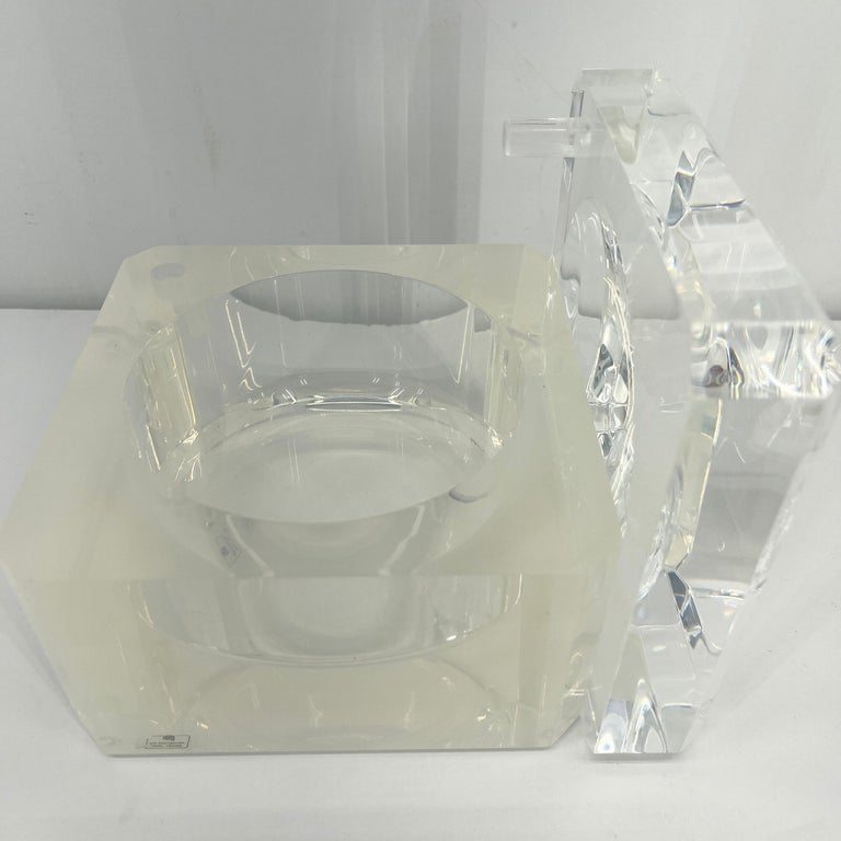 Small Abrizzi Lucite Ice Bucket with Beveled Swivel Top, Mid-Century Modern For Sale 5