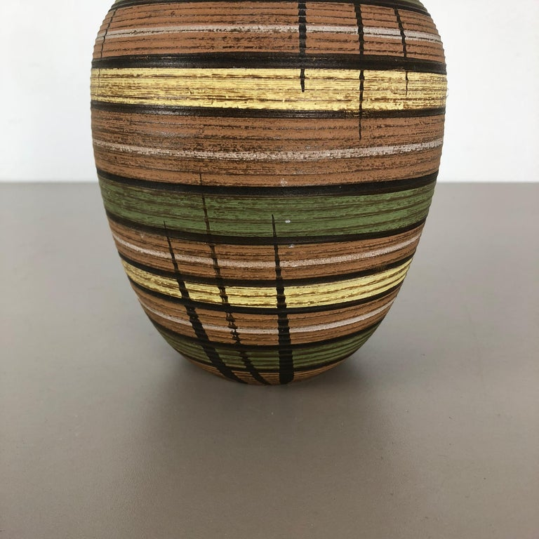 Small Abstract Ceramic Pottery Vase by Dümmler and Breiden, Germany, 1950s In Good Condition For Sale In Kirchlengern, DE