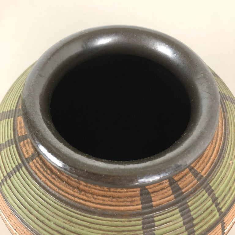 Small Abstract Ceramic Pottery Vase by Dümmler and Breiden, Germany, 1950s For Sale 4