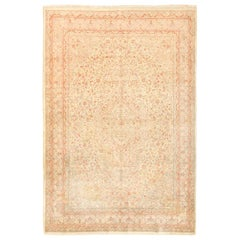 Small and Fine Antique Turkish Sivas Rug. Size: 4 ft 7 in x 6 ft 7 in