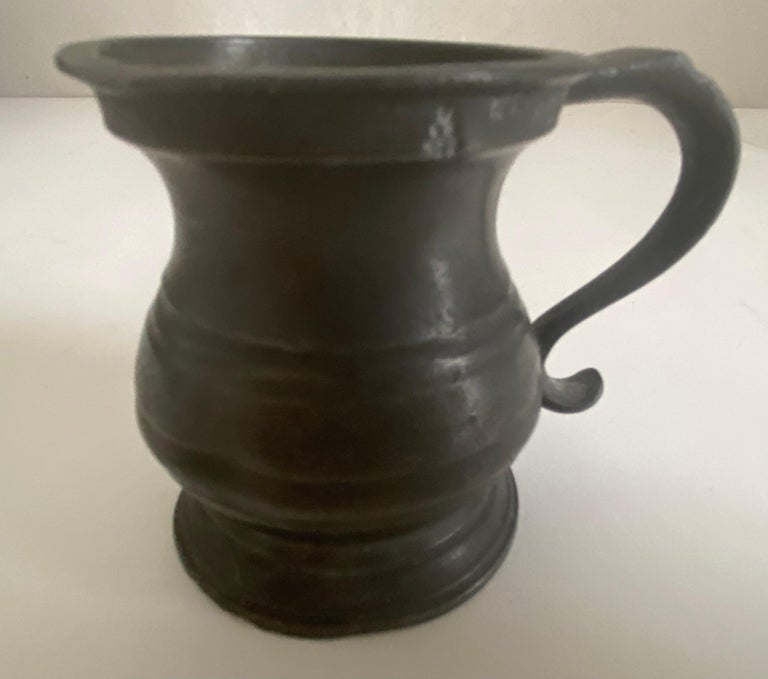 Small Antique Footed Pewter Imperial Tankard Measures For Sale 2