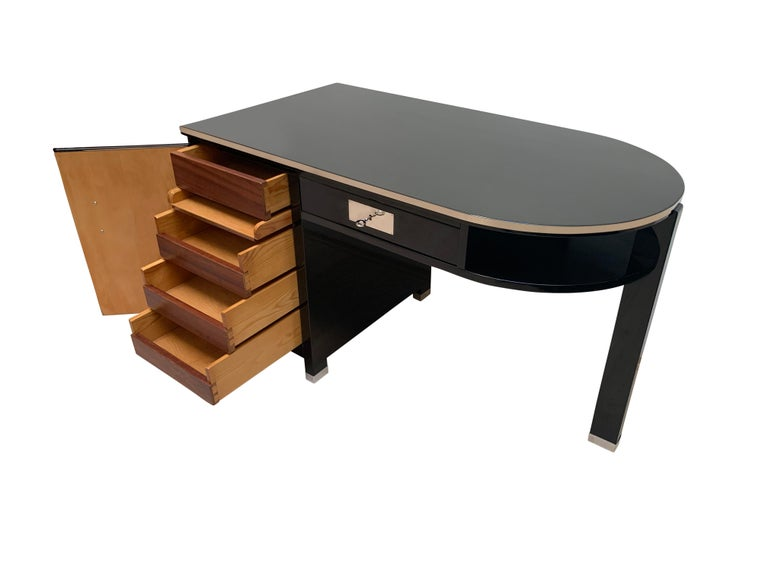 Small Art Deco Desk with Column Leg, Black Lacquer and Metal, France, circa 1930 For Sale 2