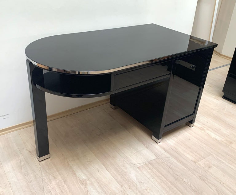 Small Art Deco Desk with Column Leg, Black Lacquer and Metal, France, circa 1930 For Sale 3