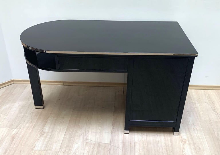 Small Art Deco Desk with Column Leg, Black Lacquer and Metal, France, circa 1930 For Sale 4