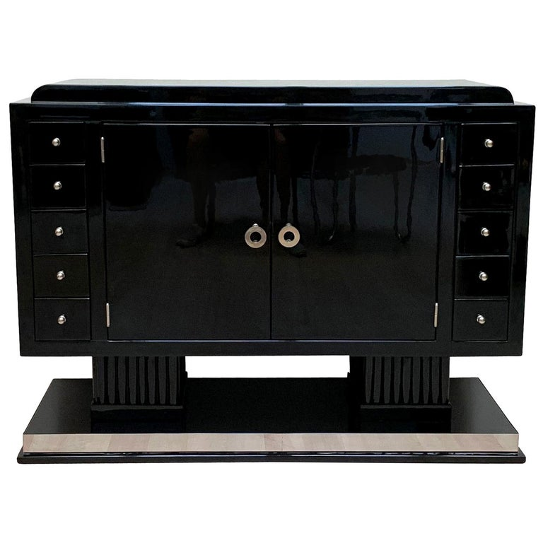 Small Art Deco Sideboard with Drawers, Black Piano Lacquer, France, circa 1930 For Sale