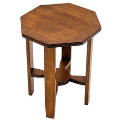 Small Arts & Crafts Style Oak Plant Stand / Table