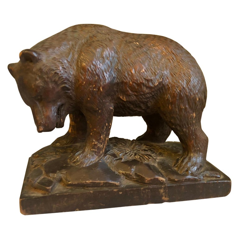 Small Black Forrest Carving of a Bear, 19th Century For Sale