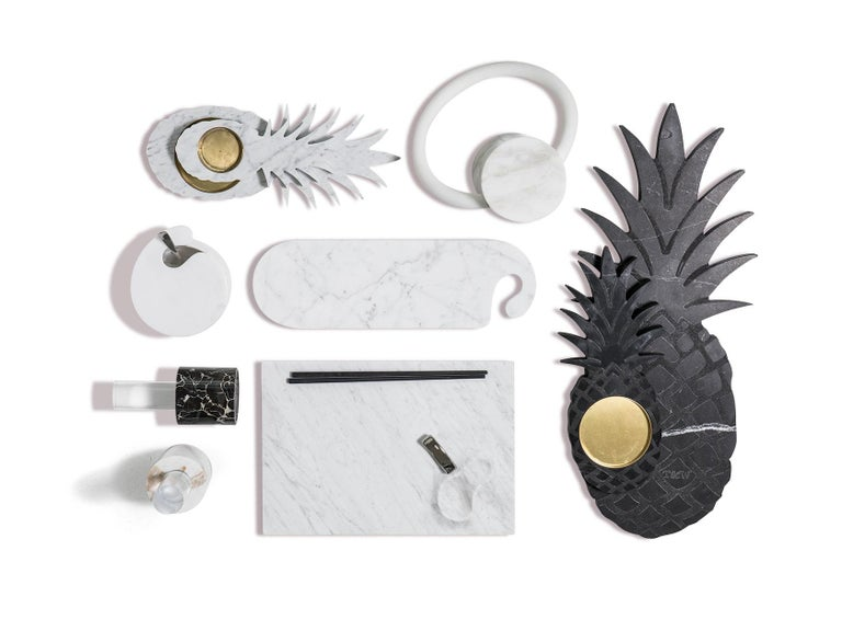 Hand-Crafted Small Black Marble Ashtray with Pineapple Shape For Sale