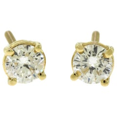 Small Brilliant Diamond in 18 Karat Yellow Gold Studs Earrings