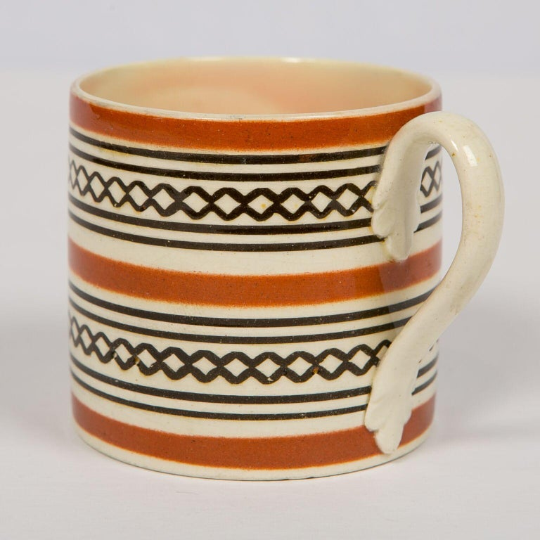 Creamware Small Brown Mochaware Mug Made in England, circa 1820 For Sale
