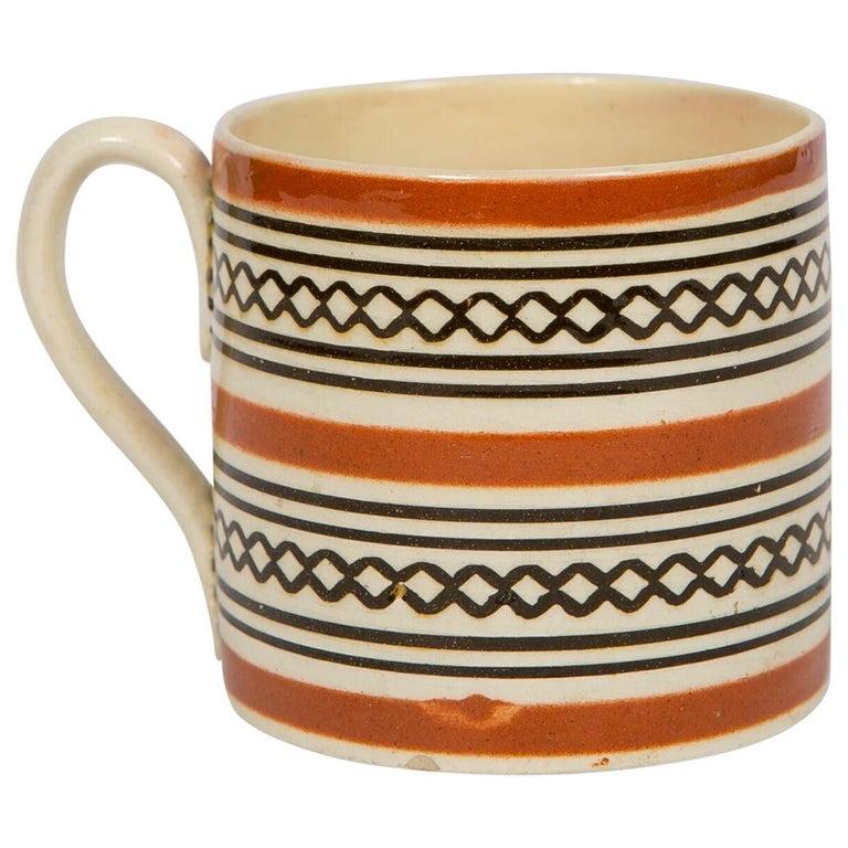 Small Brown Mochaware Mug Made in England, circa 1820 For Sale