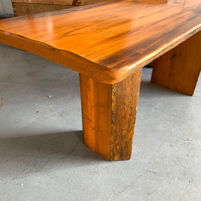 Small Californian Live Edge Bench in Solid Wood For Sale 4