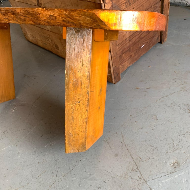 Small Californian Live Edge Bench in Solid Wood For Sale 5