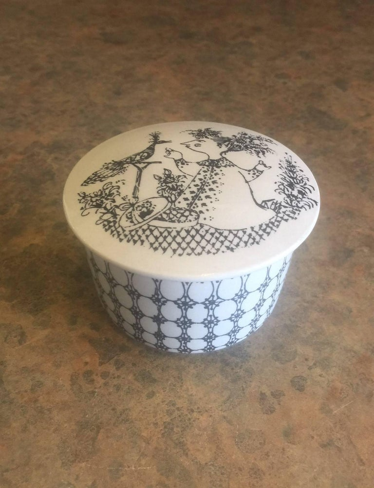 20th Century Small Ceramic Lidded Box / Dresser Jar by Bjorn Wiinblad for Nymolle of Denmark For Sale
