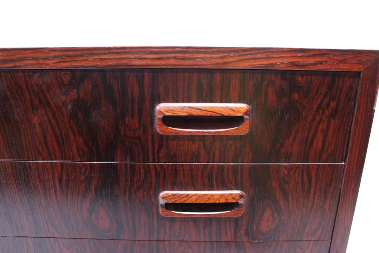 Mid-20th Century Small Chest of Drawers in Rosewood of Danish Design, 1960s For Sale