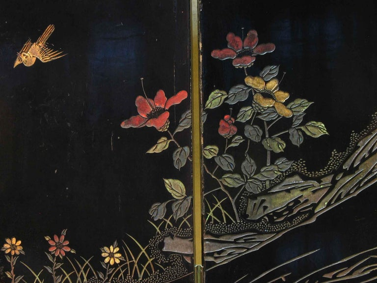 Small Chinese Coromandel and Lacquer Four-Fold Screen, Mid-20th Century For Sale 4